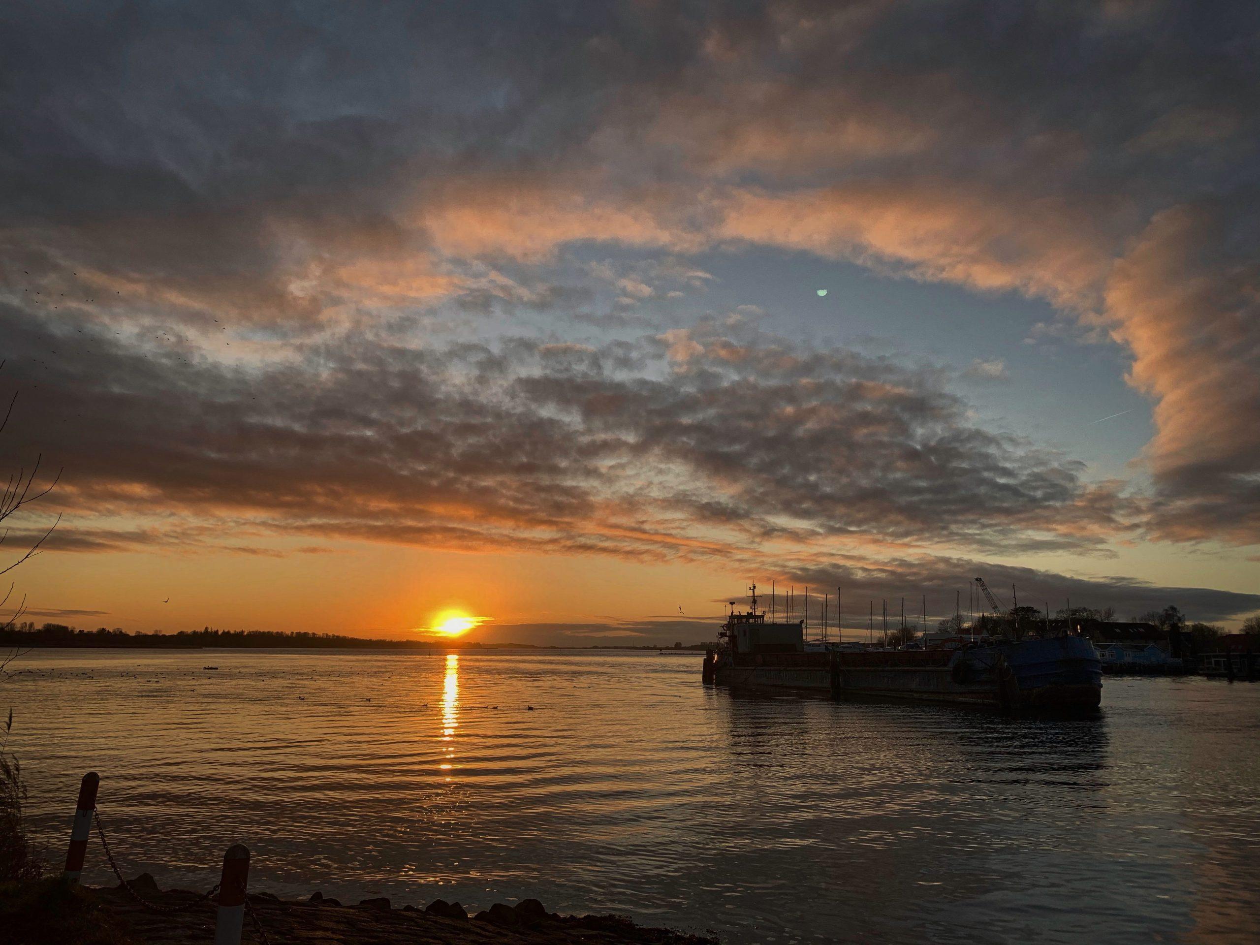 Impression Sonnenuntergang Schlei Sundsacker Event Nature scaled